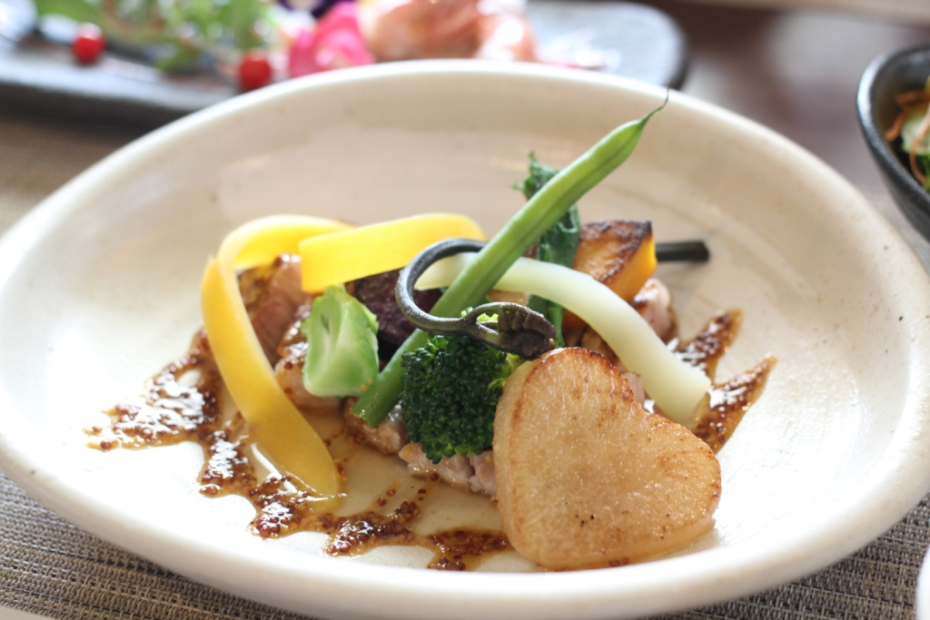 雅:肉料理(メイン).JPG