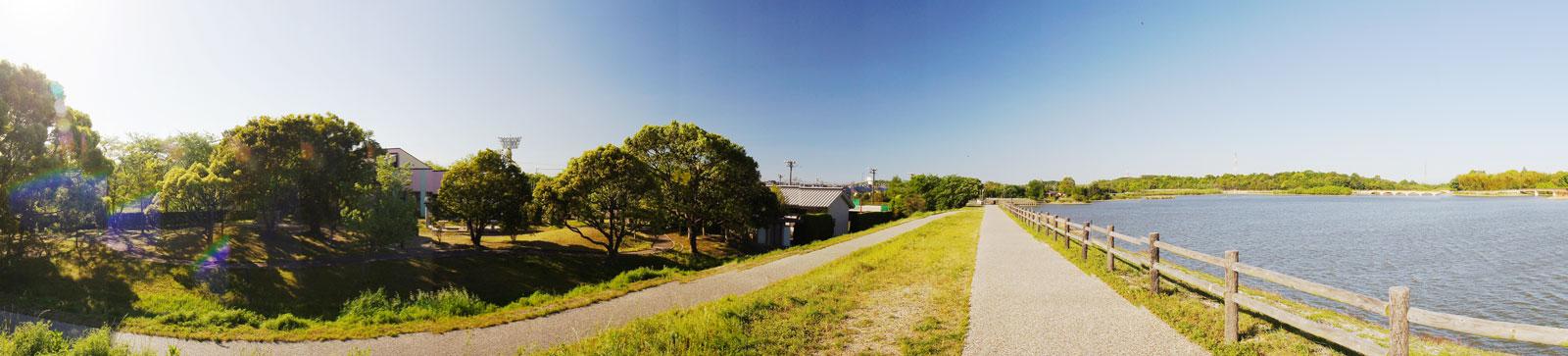 勅使水辺公園 勅使池の周辺を囲む約2.7kmの園路